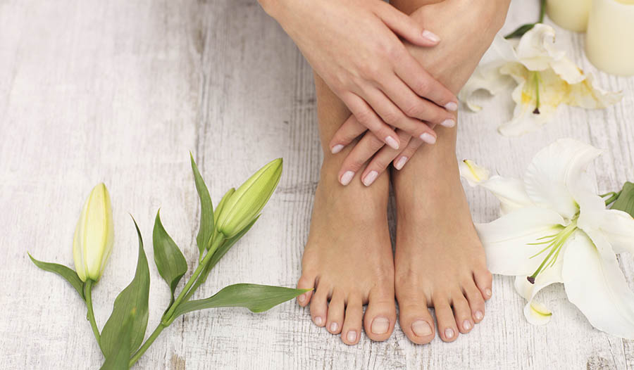 3 Simple Home Remedies for Clean Toes