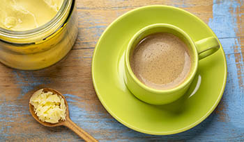 5 рецептов бронебойного кофе, который даст вам заряд бодрости с утра
