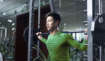 6 питательных веществ и биодобавок, позволяющих справиться с мышечной болью естественным способом