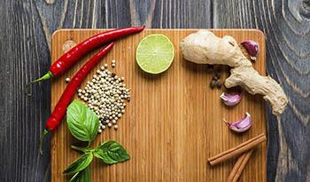 7 специй, придающих блюдам теплый аромат