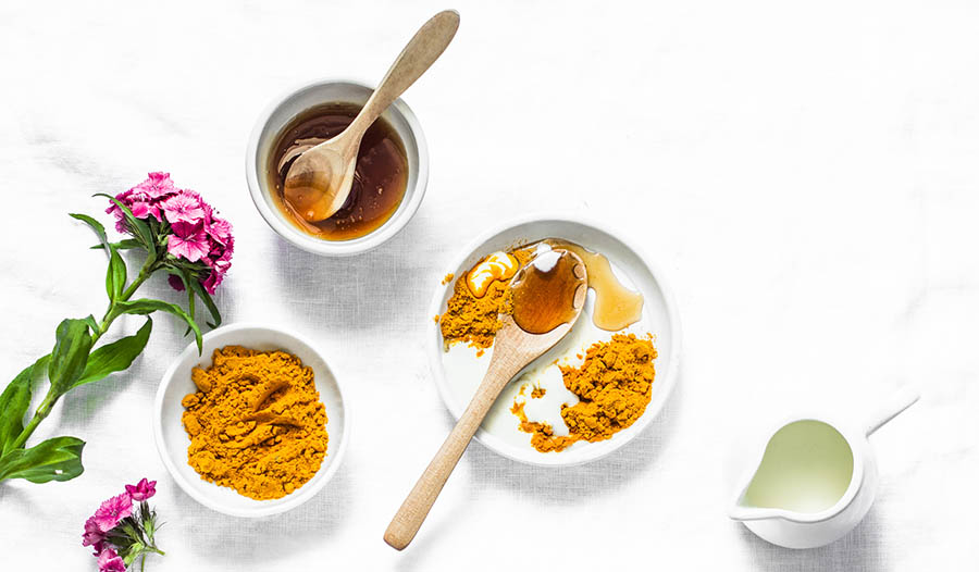 Freshen Your Breath with Effervescent Turmeric Mouthwash Drops
