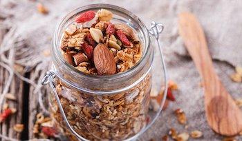 Рецепт безглютеновой гранолы, просто переполненной пищевой ценностью