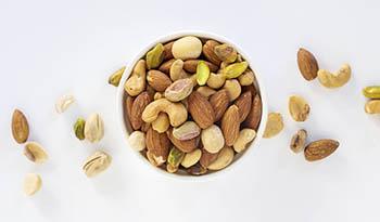 Польза различных видов орехов и семян для здоровья