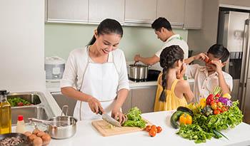 Осенний кухонный «детокс»: очищаем кухню от шлаков
