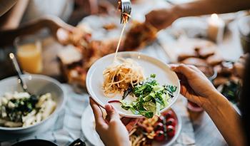 15 естественных способов избавиться от проблем с пищеварением