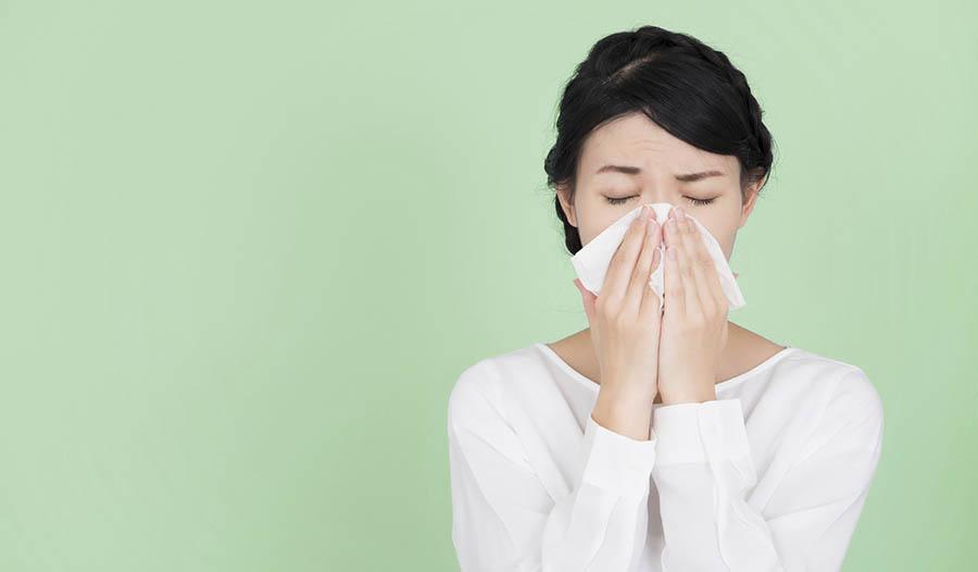 How to Make a Homemade Vapor Rub to Soothe Cold Symptoms