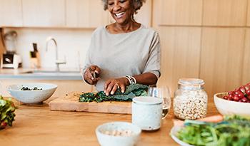Осознанное питание и три добавки для поддержки здорового похудения