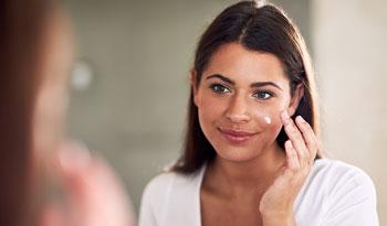 Стоит ли использовать пробиотики в уходе за кожей?