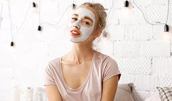 Устранение различных проблем кожи с помощью масок для лица