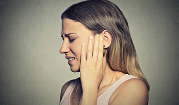 Тиннитус — как избавиться от звона в ушах с помощью средств природной медицины