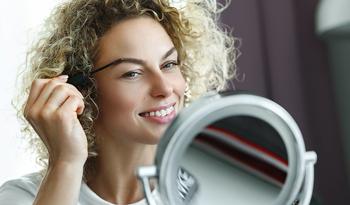 Как подкрашивать брови и ухаживать за ними в домашних условиях