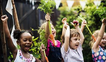 Как уговорить детей есть овощи