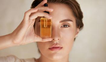 Почему следует потчевать лицо витаминами
