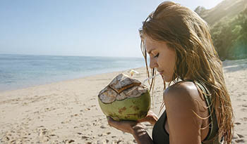 Почему продукты с кокосом хороши для палео-диеты